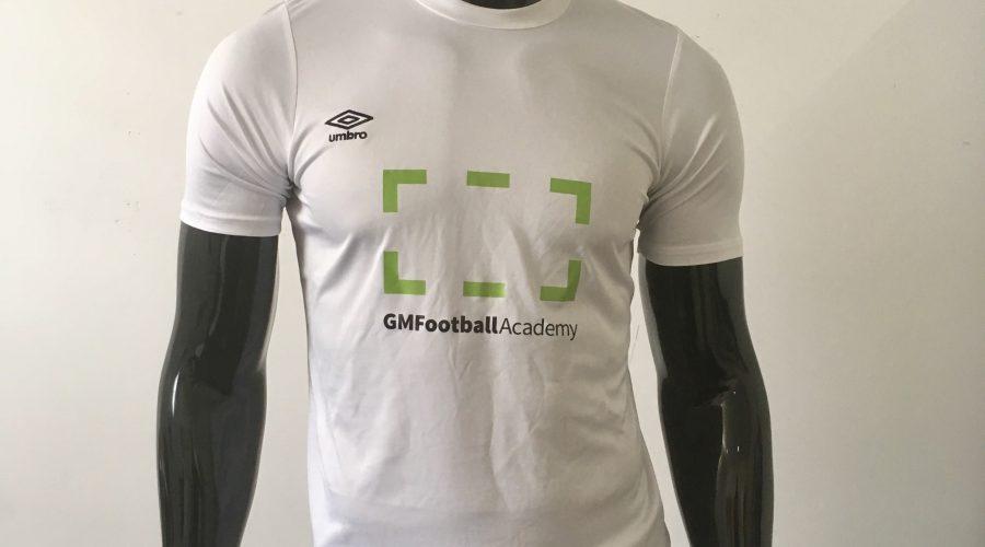 GM Football Academy lanza las nuevas camisetas para el curso de verano