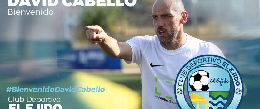 David Cabello firma por el CD El Ejido